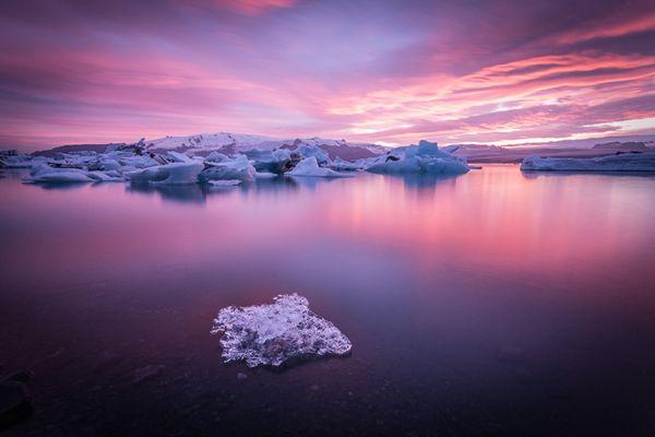 tpc2015-jokulsarlon-glacier-sunset-lagoon_90007_600x450