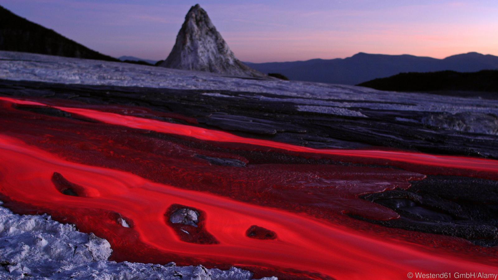 Tanzania, Ol Doinyo Lengai - soda lava flow at dusk